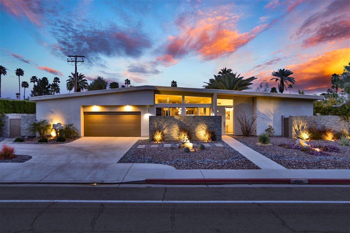 Photo of 1510 E Sunny Dunes Road, Palm Springs, CA 92262