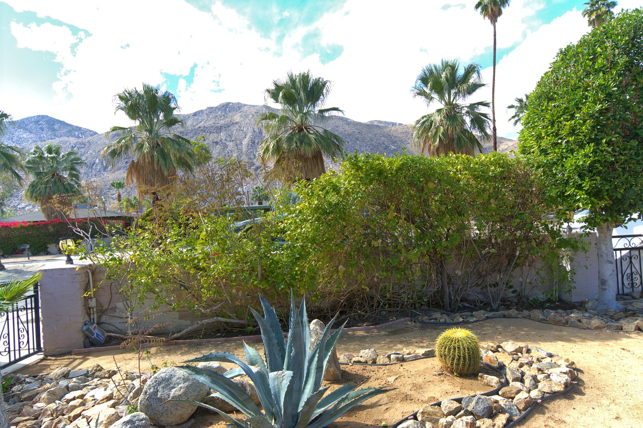Property for sale at 666 S Indian Trail, Palm Springs,  California 92264