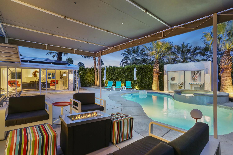 Photo of 2331 N Cardillo Avenue, Palm Springs, CA 92262