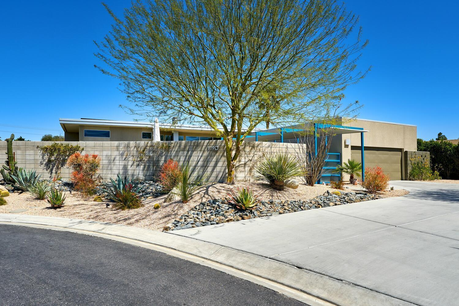 Photo of 1190 Azure Court, Palm Springs, CA 92262