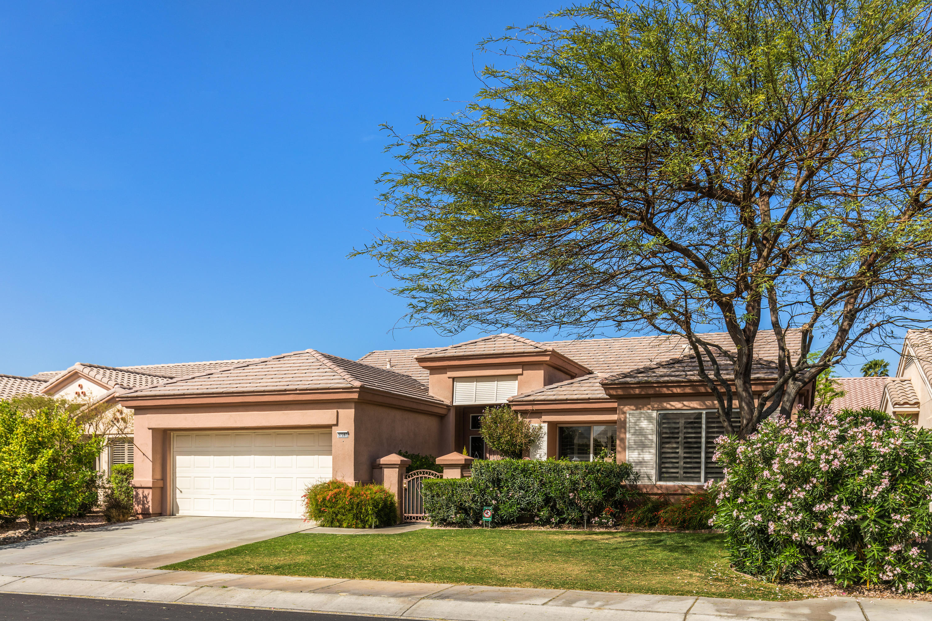 Photo of 37287 Skycrest Road, Palm Desert, CA 92211