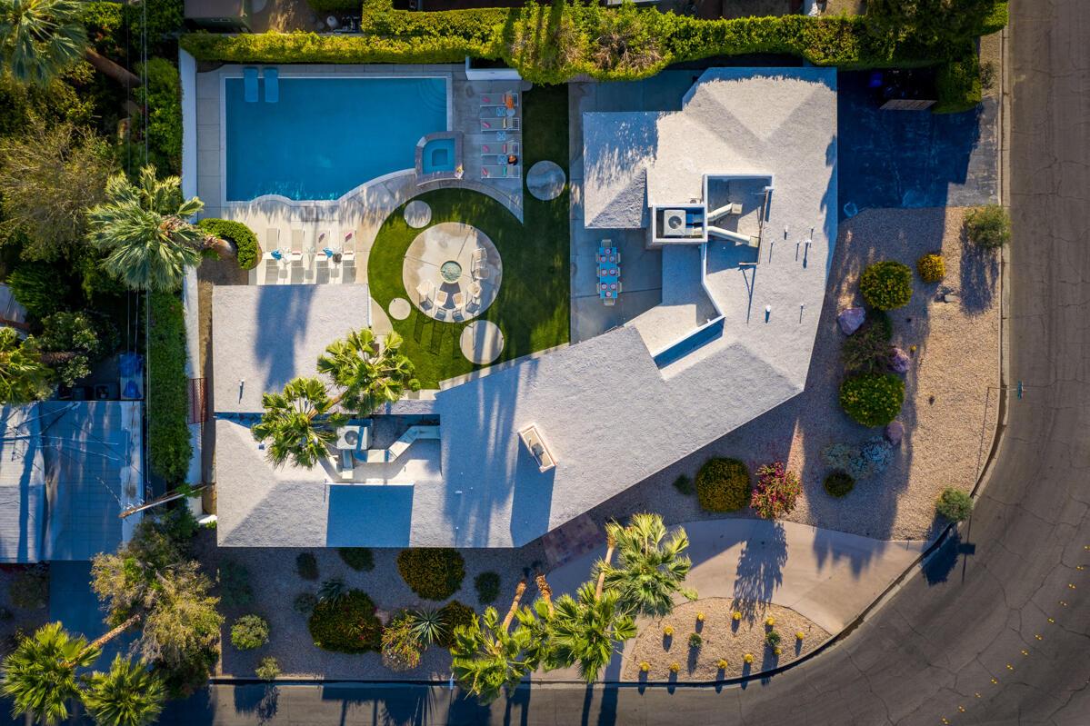 Photo of 679 E Palo Verde Avenue, Palm Springs, CA 92264