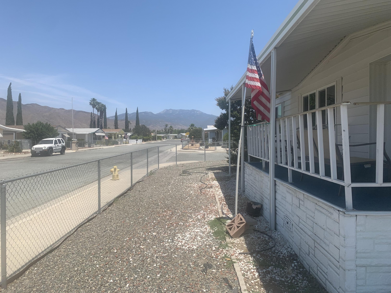 Photo of 511 Estrella Street, San Jacinto, CA 92582