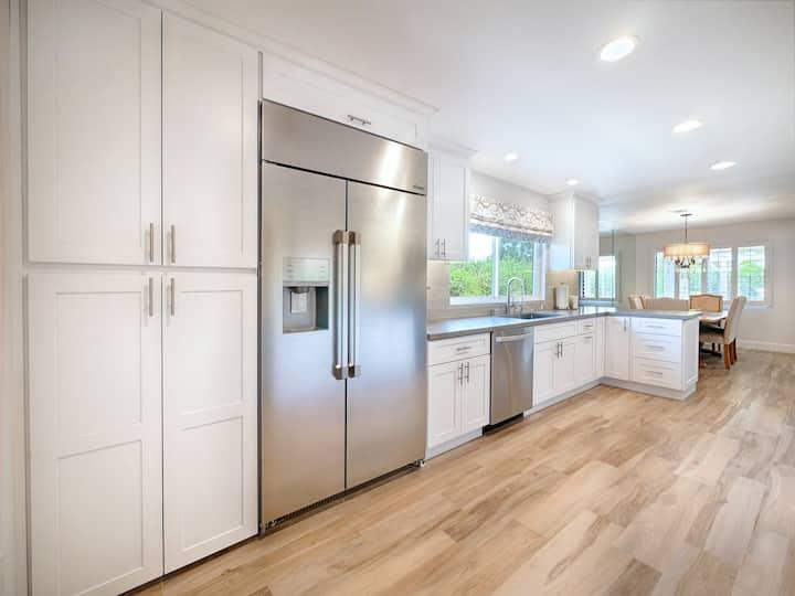 This is a stunning remodel. No expense spared. The solar is paid in full plus there's solar pool heat and a $10000 built in fridge . Tiled throughout in italian tile and immaculate throughout with a new kitchen and bathrooms. ..a perfect primary home or vacation home. 30 day rentals are allowed ..no short term .