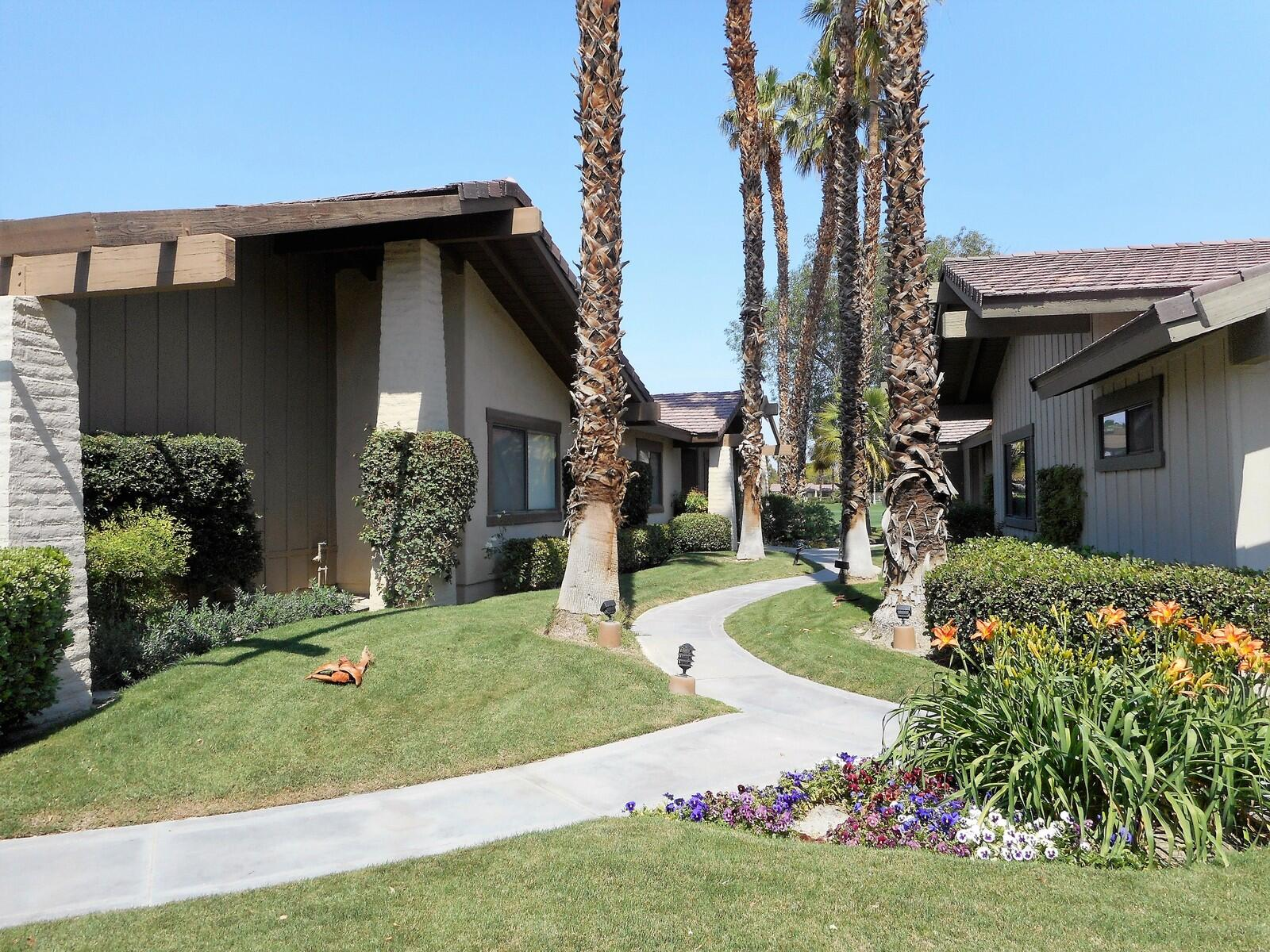 78 Lookout Drive, Palm Desert, CA 92211