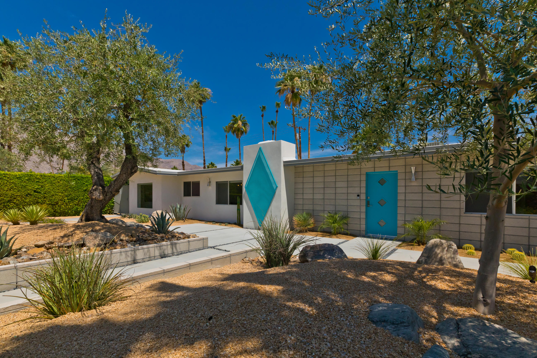 Photo of 1454 E San Lucas Road, Palm Springs, CA 92264