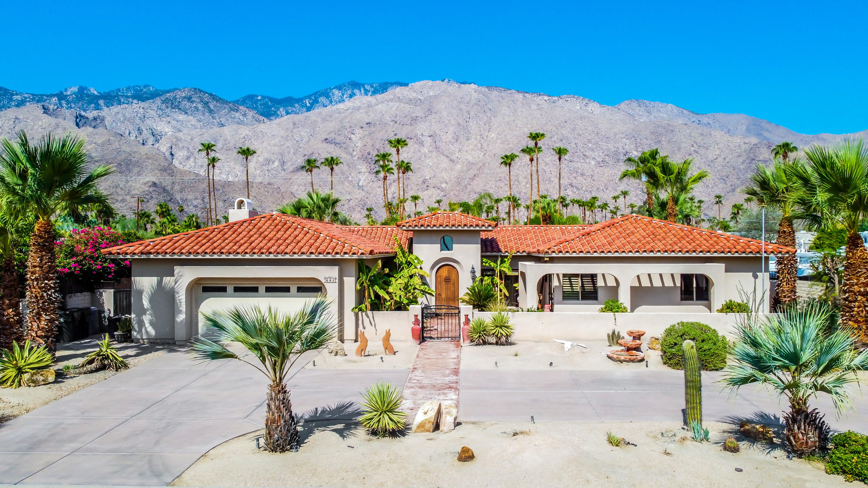 Photo of 681 S Thornhill Road, Palm Springs, CA 92264