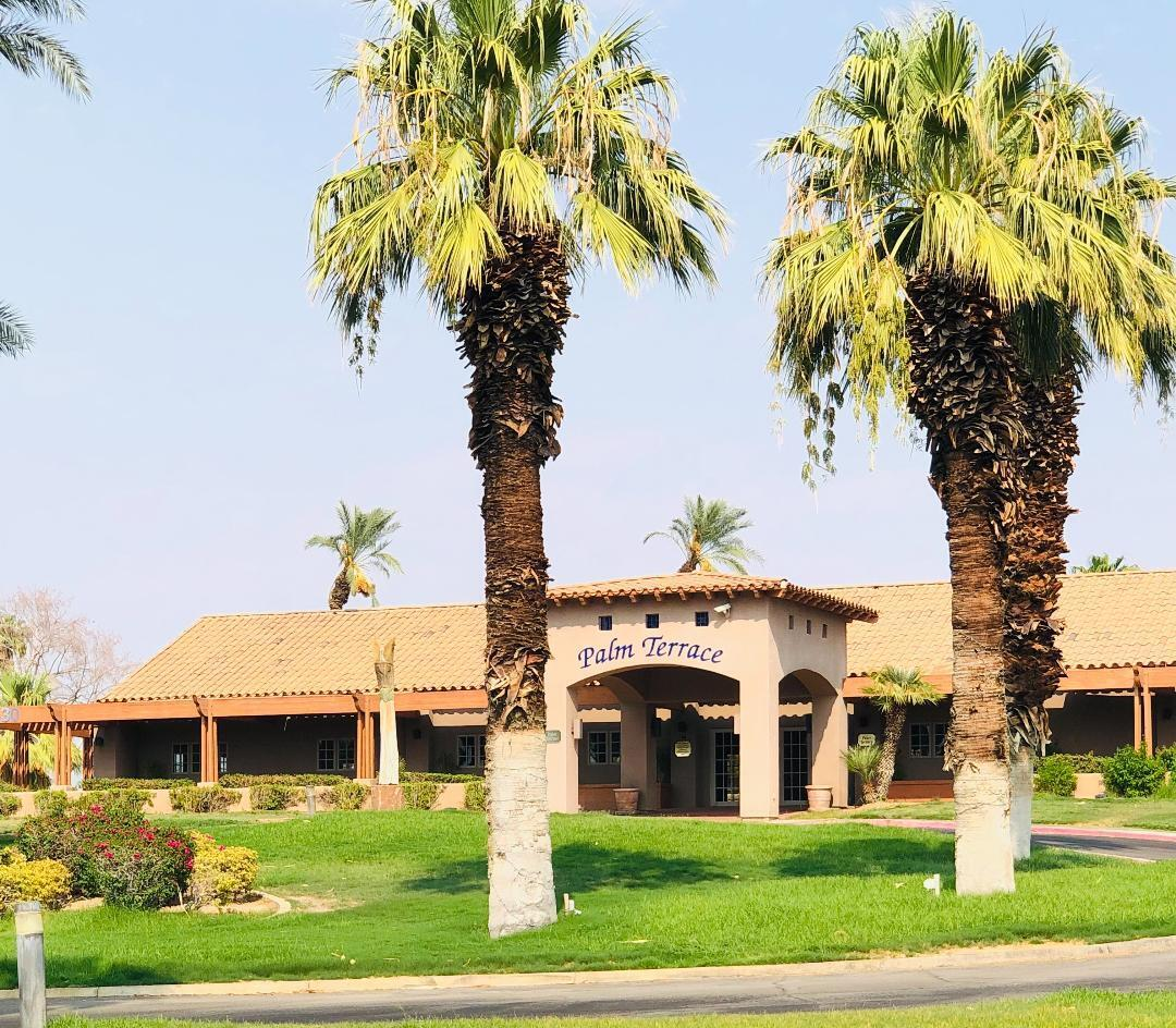 This Indian Palm Condo has 1 Bedroom, Den or 2nd Bedroom, Front Court Yard, Cozy Kitchen, Indoor Laundry Area, Covered Carport and Rear Patio. Its overlooking sparking pool which  is perfect for entertainment in the desert.