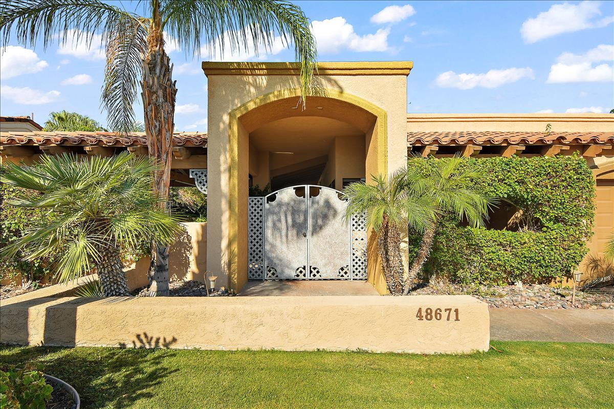Photo of 48671 Shady View Drive, Palm Desert, CA 92260