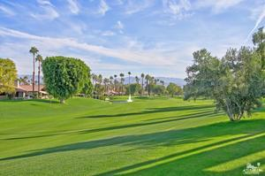 338 Sundance Circle, Palm Desert, CA 92211