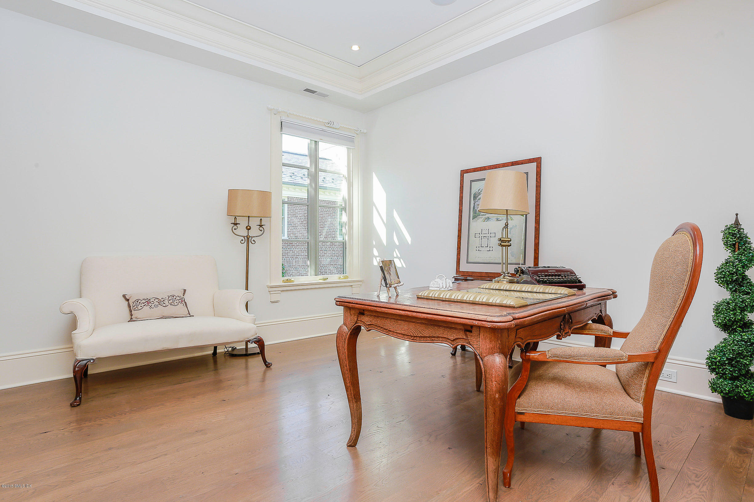 191 Milbank Avenue, Penthouse, Greenwich, CT 06830