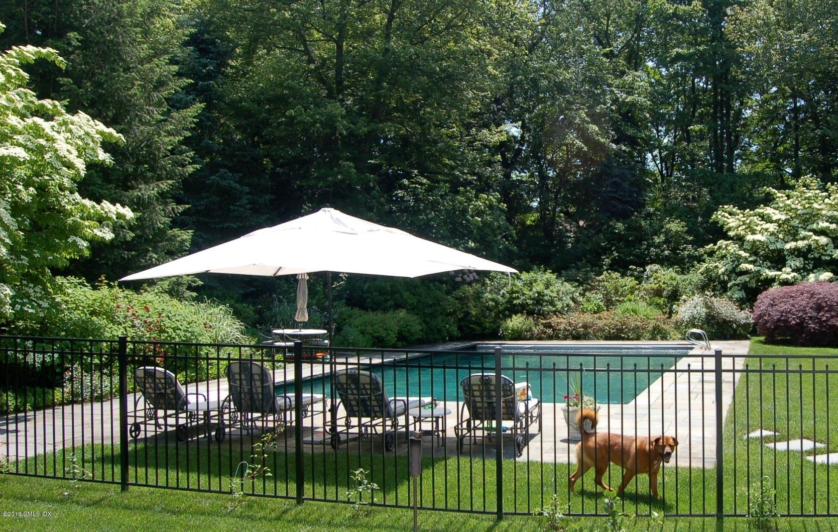 8 Hedgerow Lane,Greenwich,Connecticut 06831,7 Bedrooms Bedrooms,7 BathroomsBathrooms,Single family,Hedgerow,102657