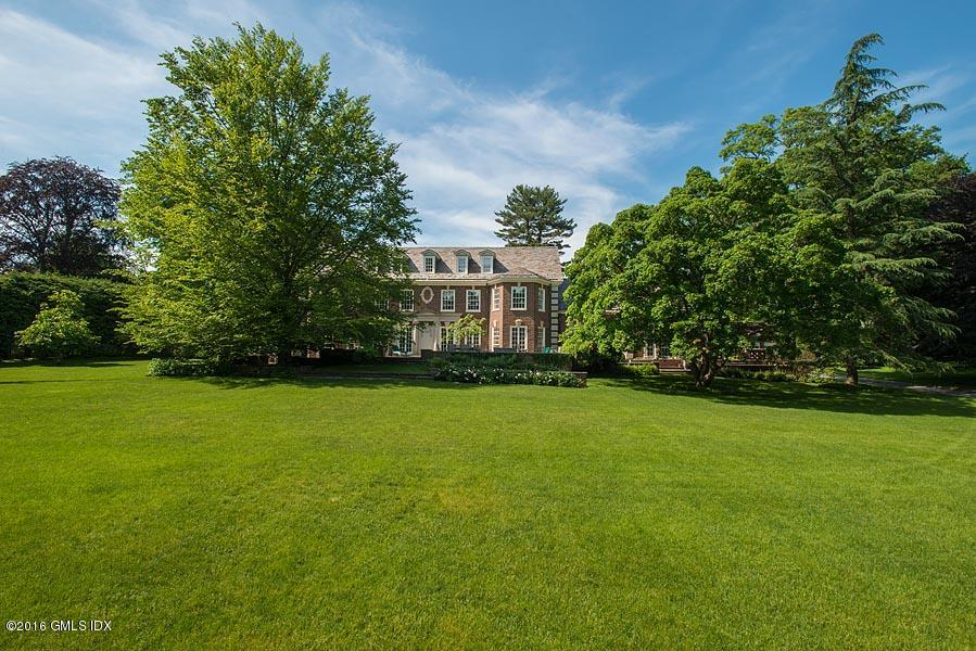 4 Lauder Way, Greenwich, CT 06830