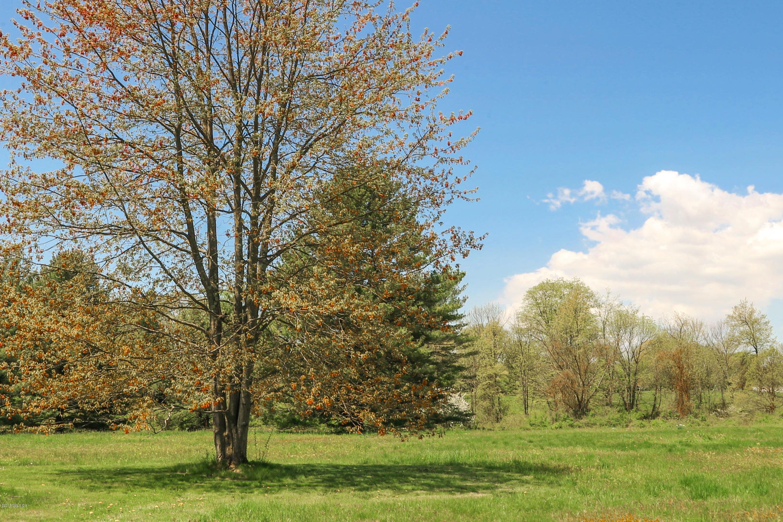 14 Conyers Farm Drive, Greenwich, CT 06831