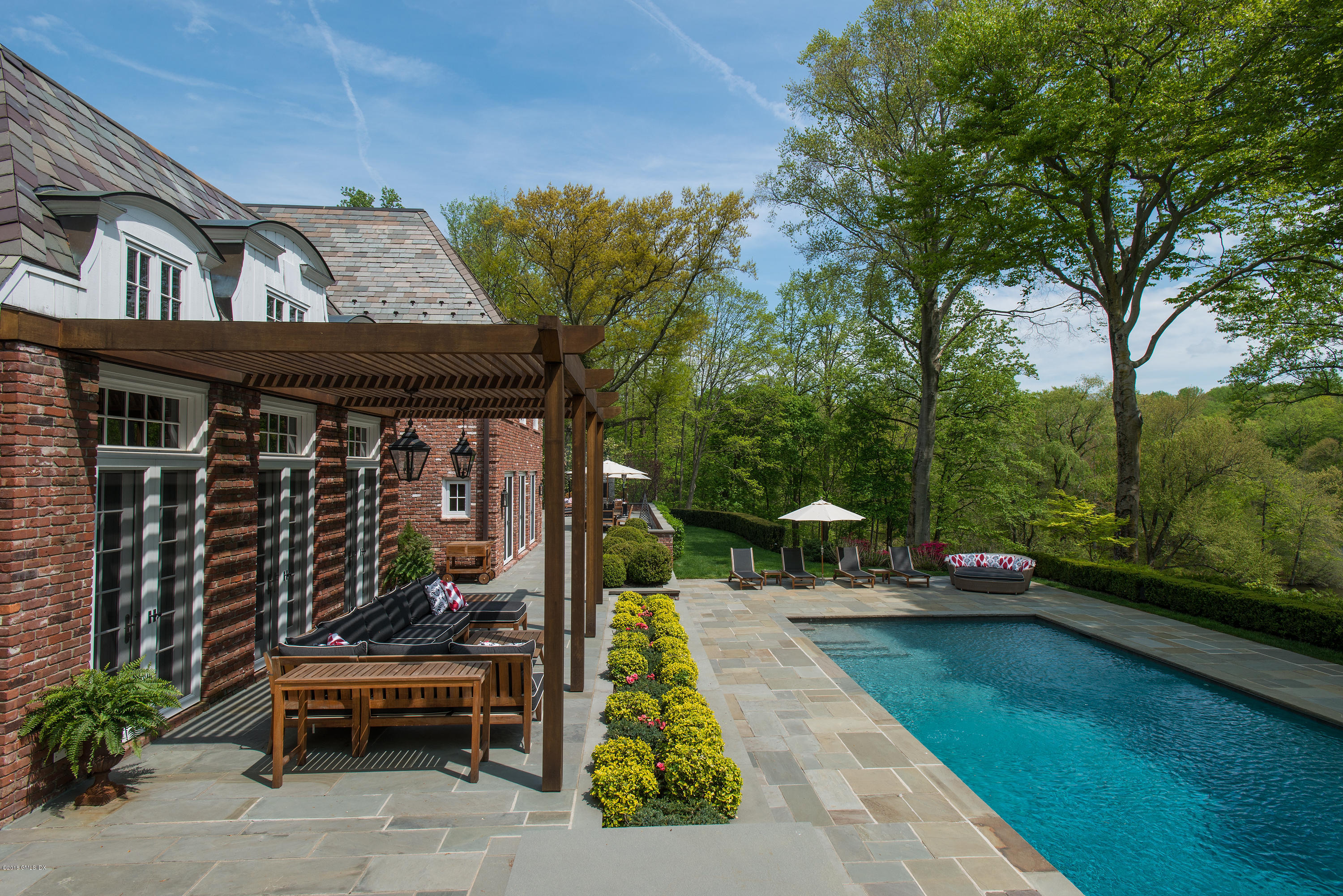 7 Topping Road, Greenwich, CT 06831