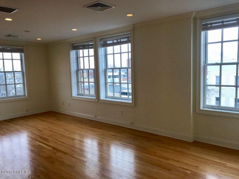53 Greenwich Avenue,Greenwich,Connecticut 06830,1 Bedroom Bedrooms,1 BathroomBathrooms,Apartment,Greenwich,105220