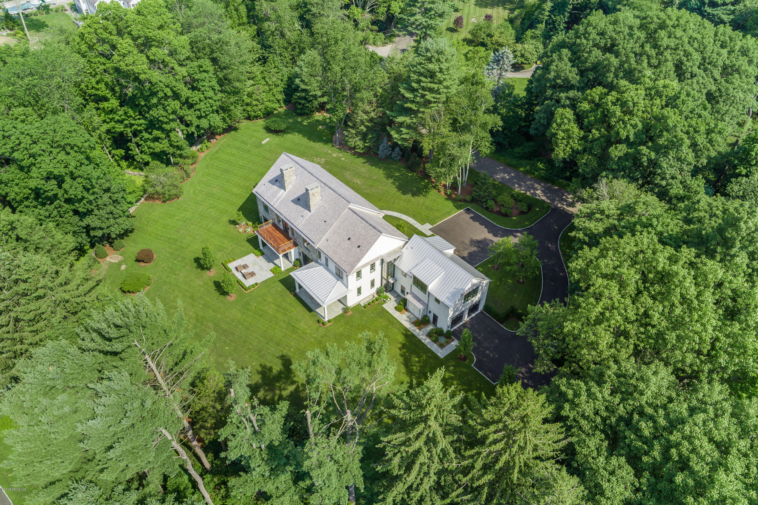 36 Rockwood Lane, Greenwich, CT 06830