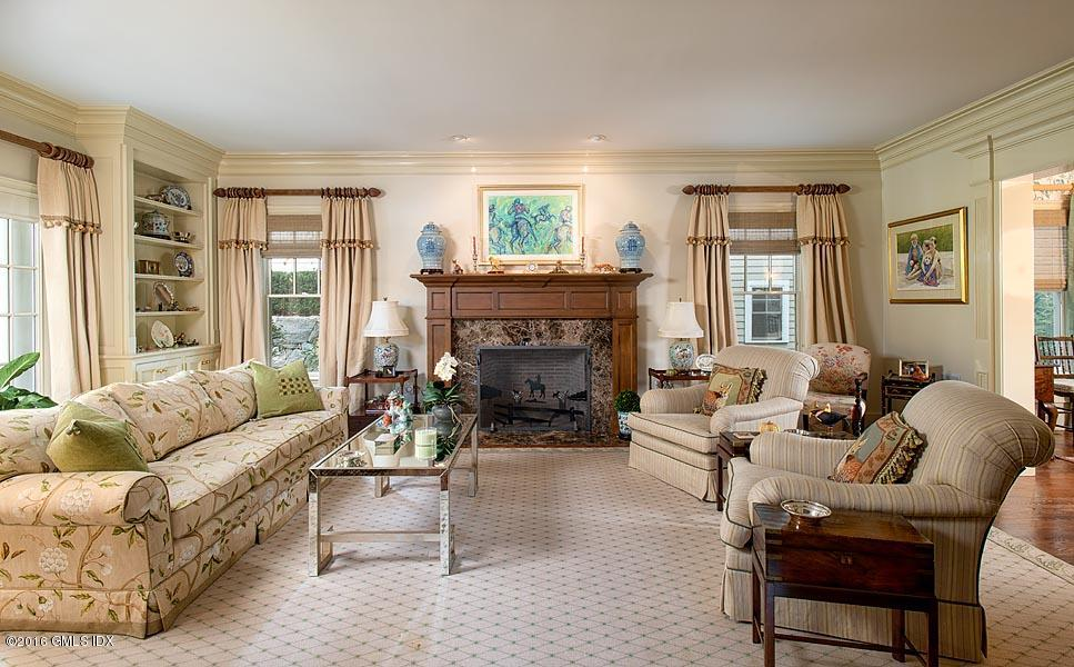 3 River Oaks Drive, #3, Stamford, CT 06902