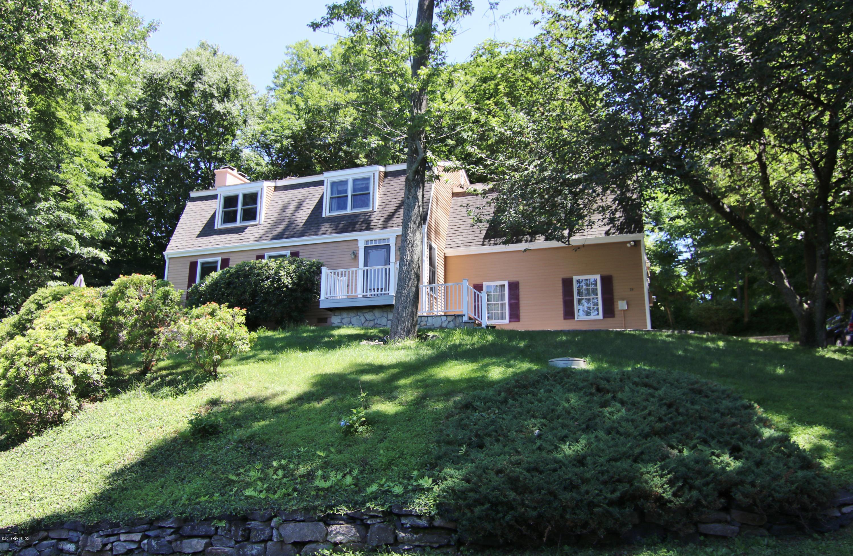75 Long Meadow Road,Riverside,Connecticut 06878,4 Bedrooms Bedrooms,2 BathroomsBathrooms,Single family,Long Meadow,103958