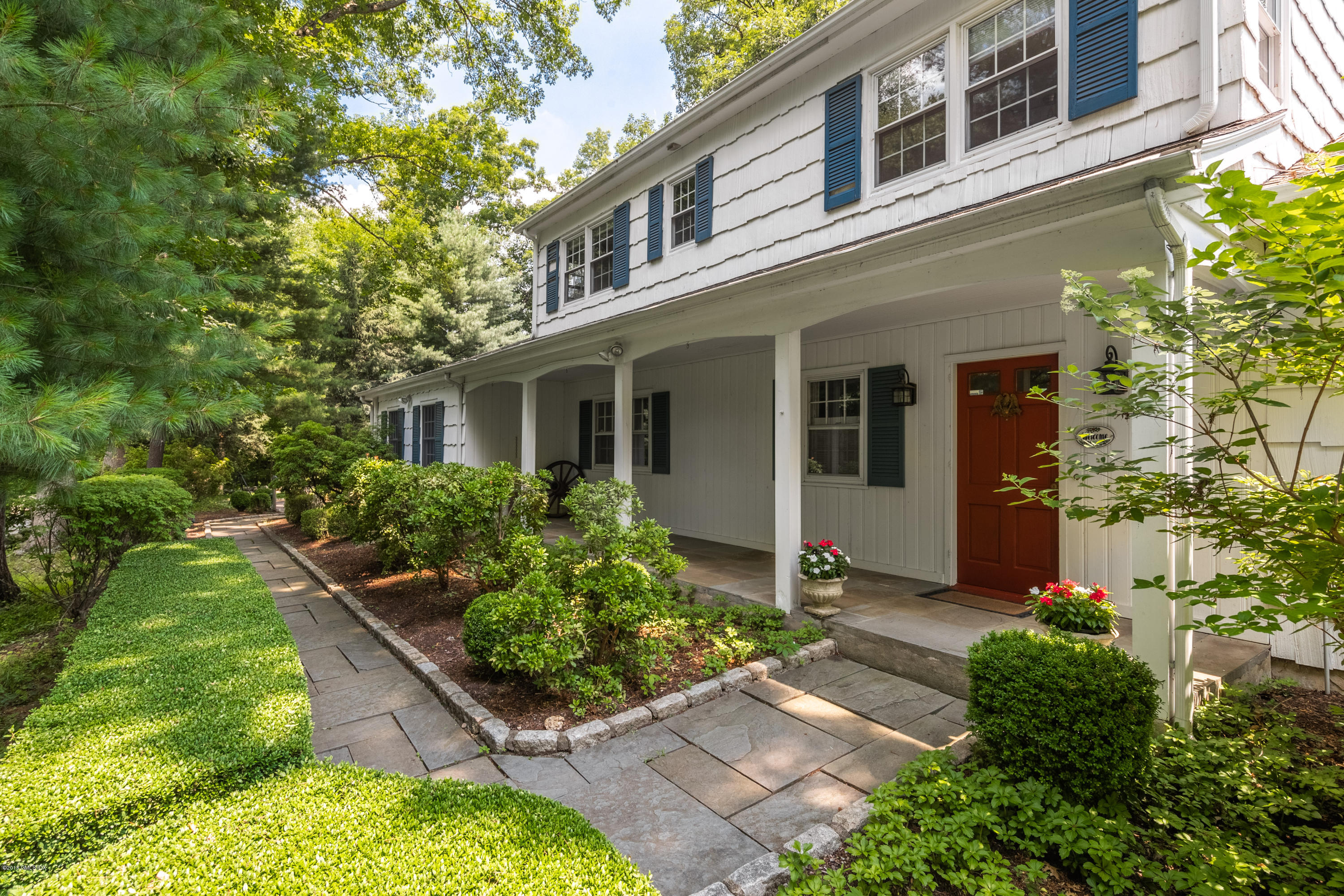 21 Mohawk Lane, Greenwich, CT 06831