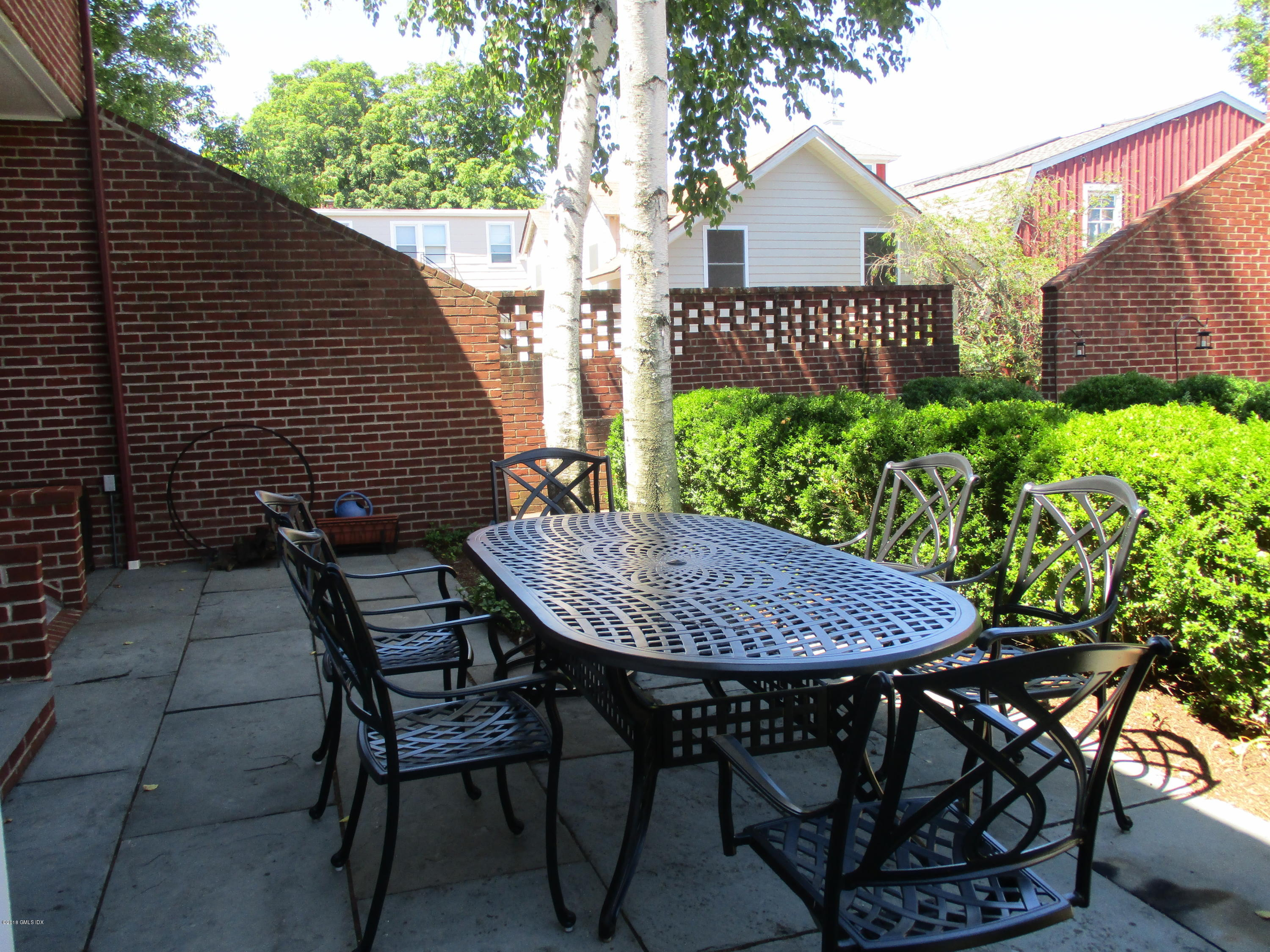 52 Sherwood Place,Greenwich,Connecticut 06830,2 Bedrooms Bedrooms,2 BathroomsBathrooms,Condominium,Sherwood,103998