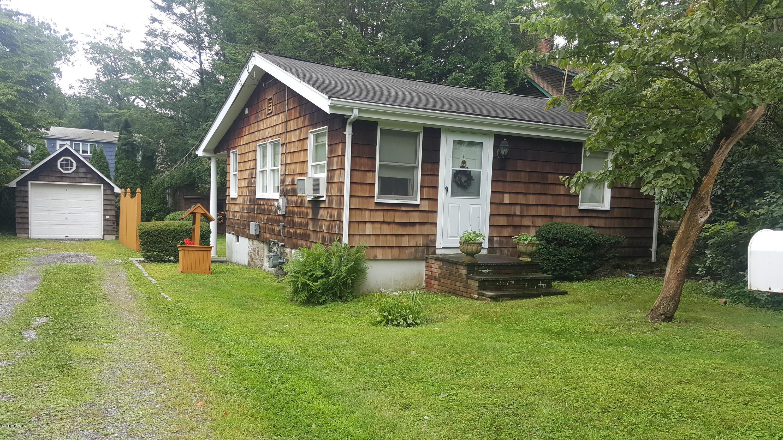 9 Maple Street,Cos Cob,Connecticut 06807,1 Bedroom Bedrooms,1 BathroomBathrooms,Single family,Maple,103920