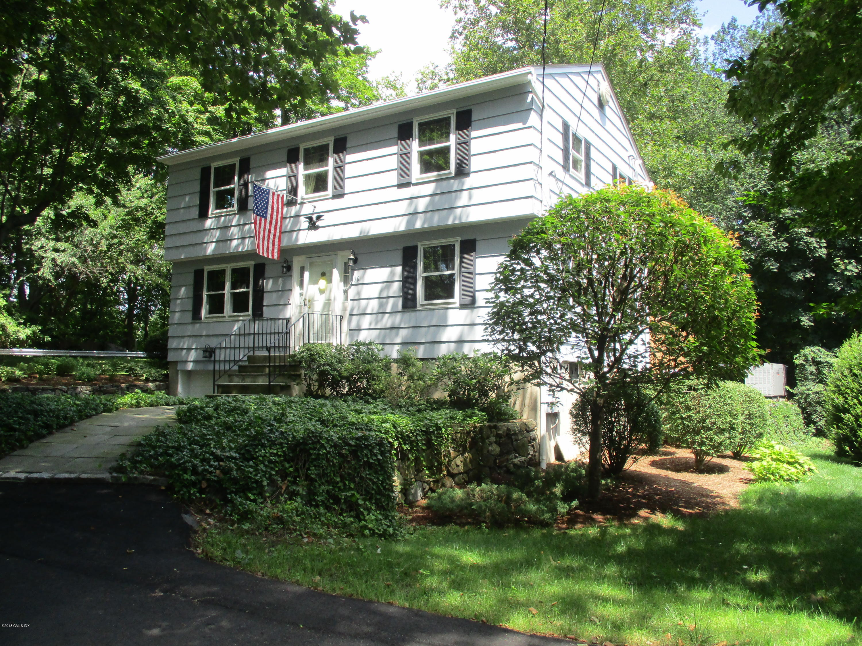 30 Pleasant Street, Riverside, CT 06878