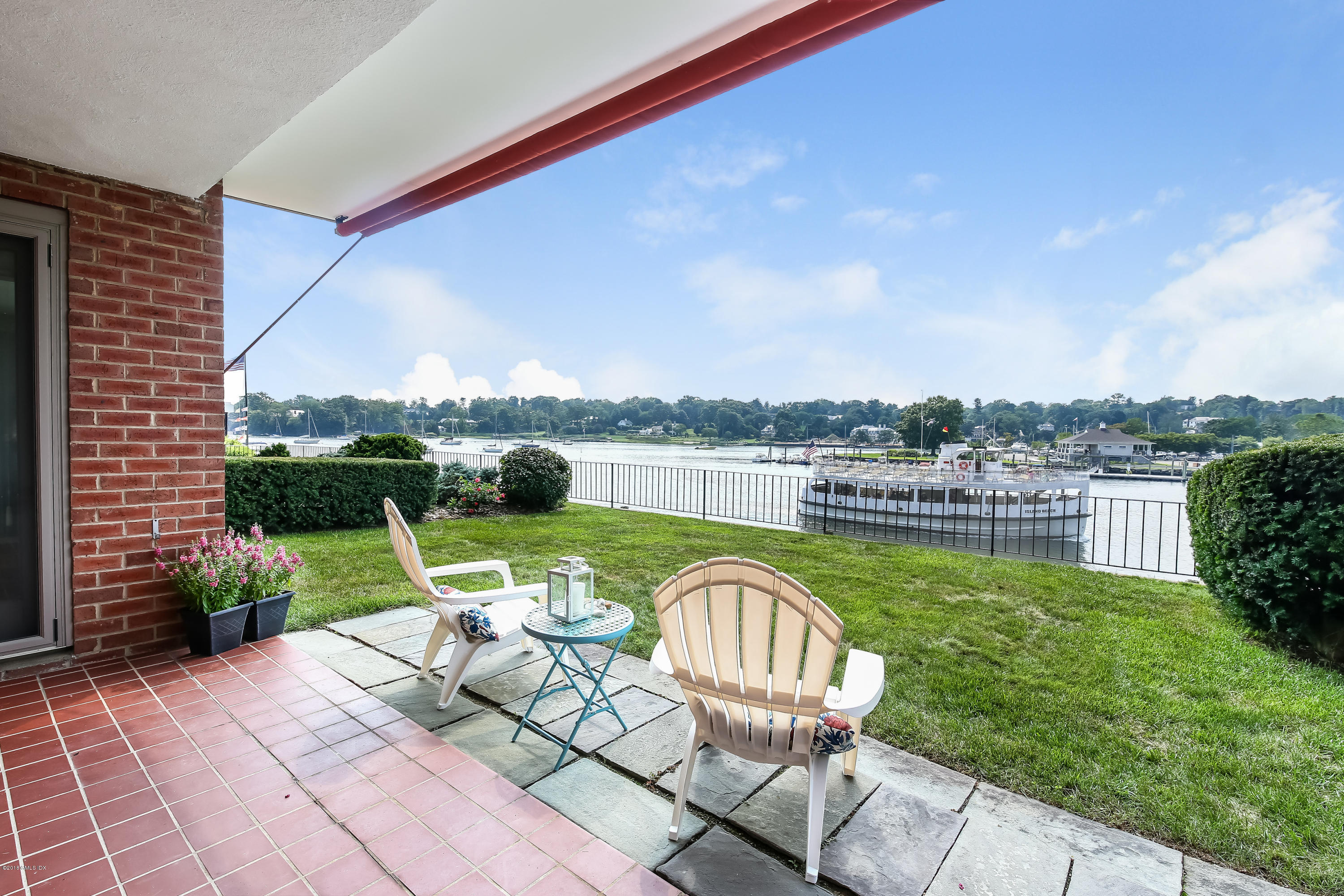 636 Steamboat Road,Greenwich,Connecticut 06830,2 Bedrooms Bedrooms,2 BathroomsBathrooms,Co-op,Steamboat,102204