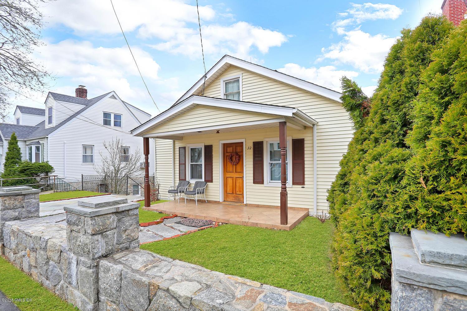 32 Pemberwick Road,Greenwich,Connecticut 06831,3 Bedrooms Bedrooms,2 BathroomsBathrooms,Single family,Pemberwick,104458