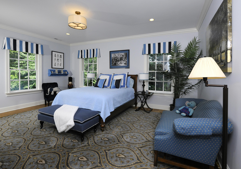 138 Lockwood Road,Riverside,Connecticut 06878,5 Bedrooms Bedrooms,6 BathroomsBathrooms,Single family,Lockwood,104658
