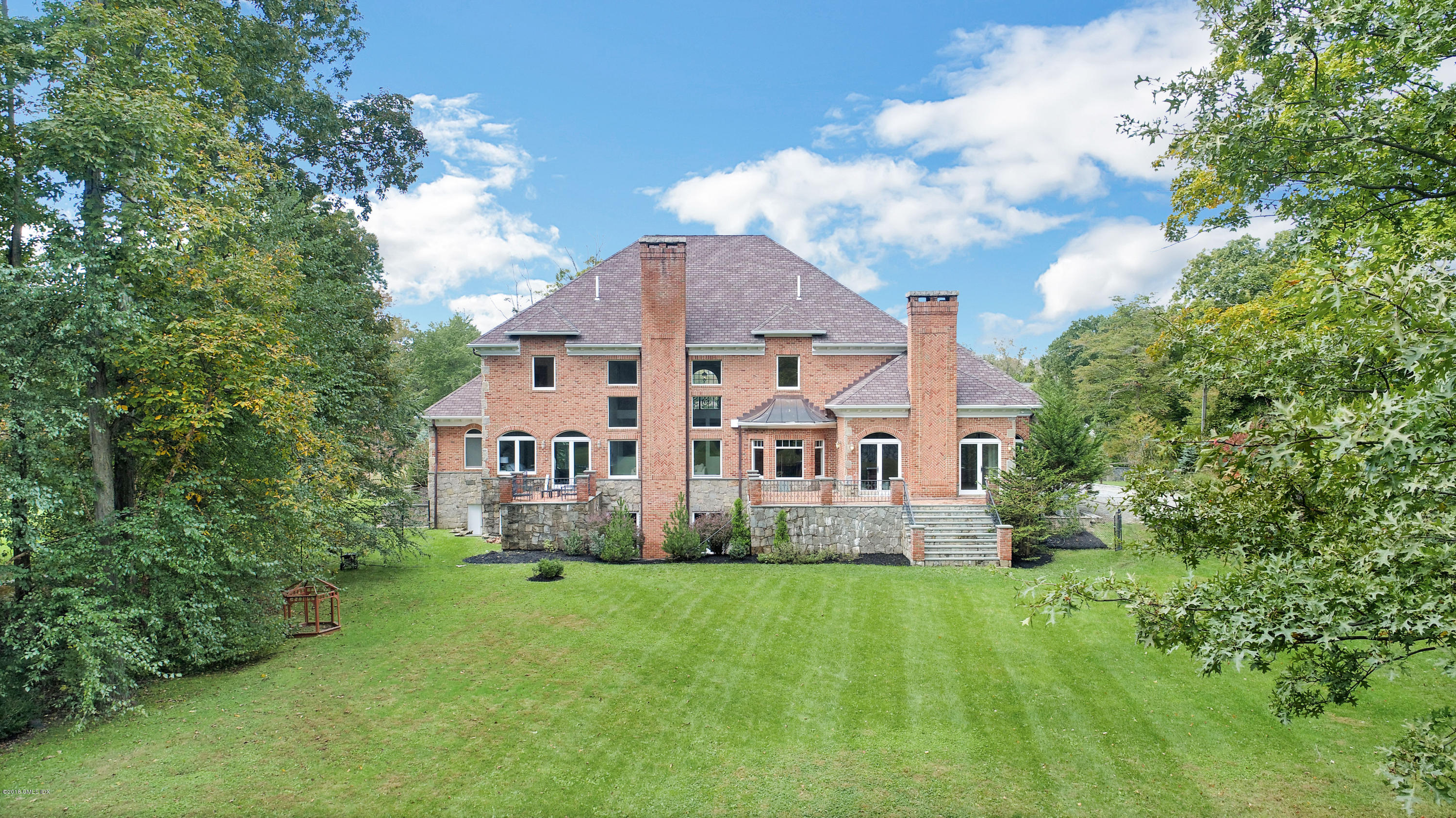 39 Bedford Road, Greenwich, CT 06831