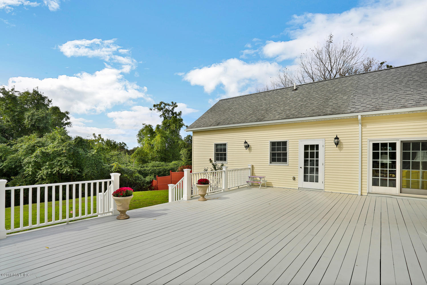 398 Field Point Road, Greenwich, CT 06830