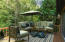 Upper deck with virtual staging