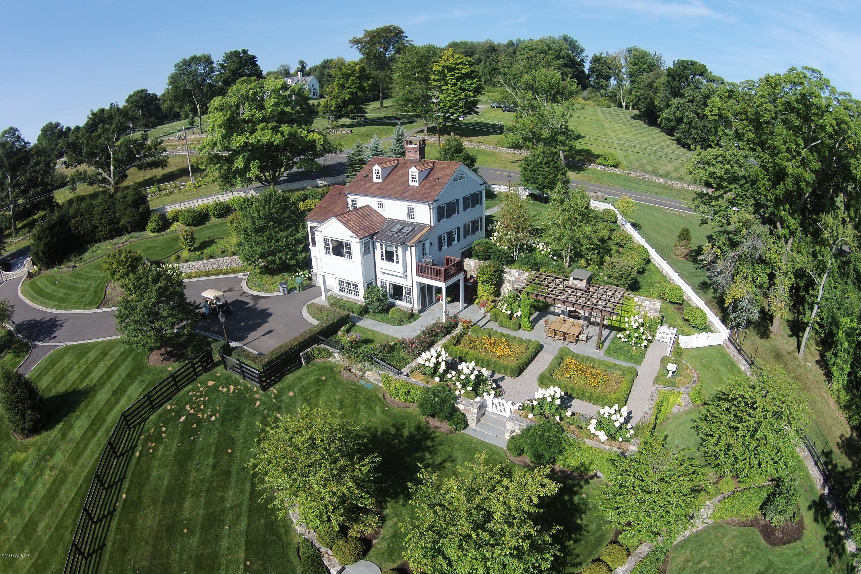 9 Old Stagecoach Road, Ridgefield, CT 06877