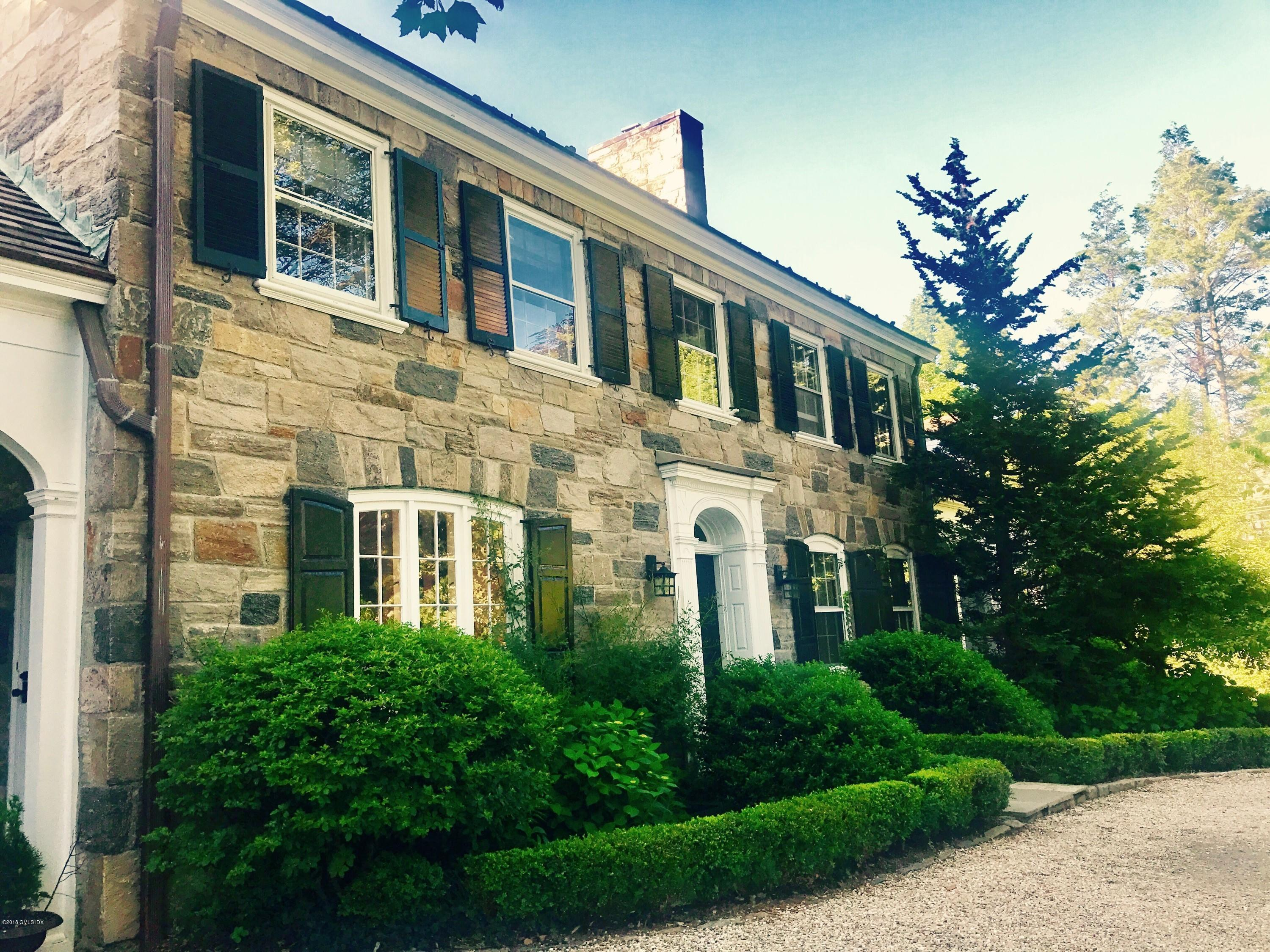 1 Dearfield Lane, Greenwich, CT 06831