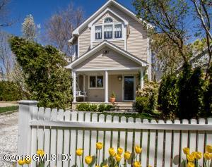5 W End Court, Old Greenwich, CT 06870