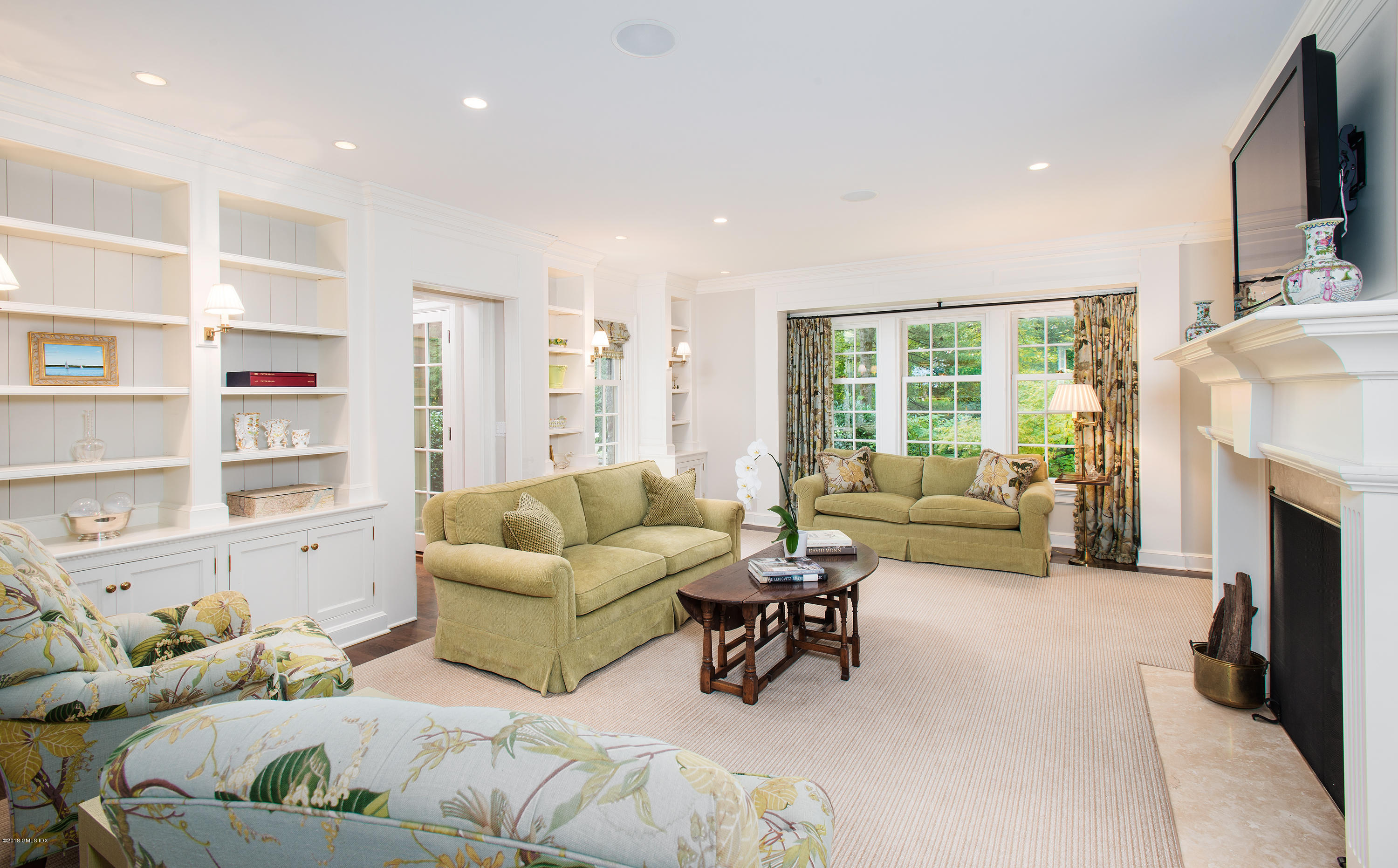 34 Midwood Road, Greenwich, CT 06830