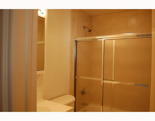 174 Davis Avenue,Greenwich,Connecticut 06830,3 Bedrooms Bedrooms,2 BathroomsBathrooms,Multi-family - 2 units,Davis,105059