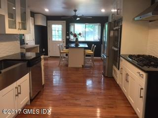 17 Circle Drive,Greenwich,Connecticut 06830,4 Bedrooms Bedrooms,3 BathroomsBathrooms,Single family,Circle,105071