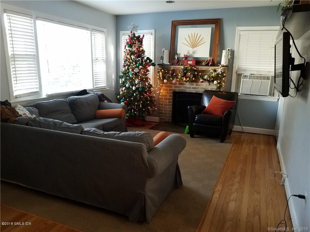 10 Fletcher Avenue,Greenwich,Connecticut 06831,2 Bedrooms Bedrooms,1 BathroomBathrooms,Single family,Fletcher,105081