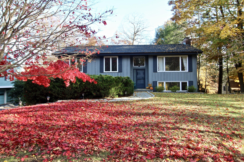 3 Wyndover Lane,Cos Cob,Connecticut 06807,4 Bedrooms Bedrooms,3 BathroomsBathrooms,Single family,Wyndover,105089