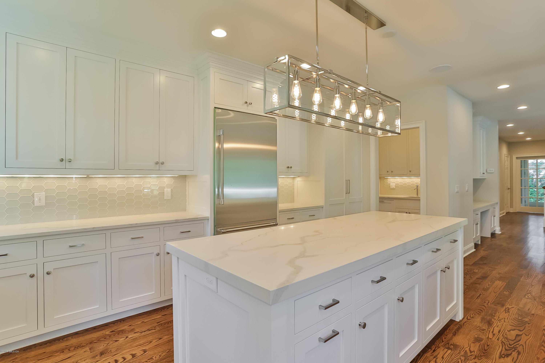 41 Overlook Drive,Greenwich,Connecticut 06830,5 Bedrooms Bedrooms,6 BathroomsBathrooms,Single family,Overlook,105080