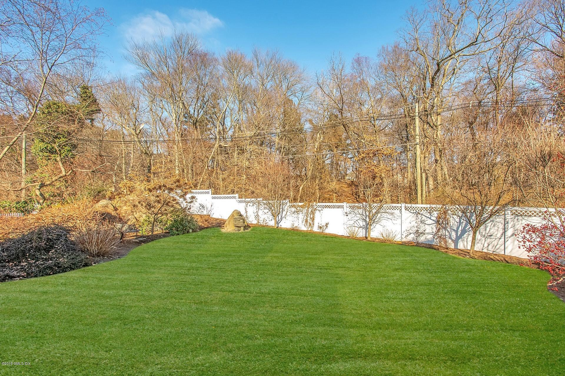 43 Harding Road, Old Greenwich, CT 06870