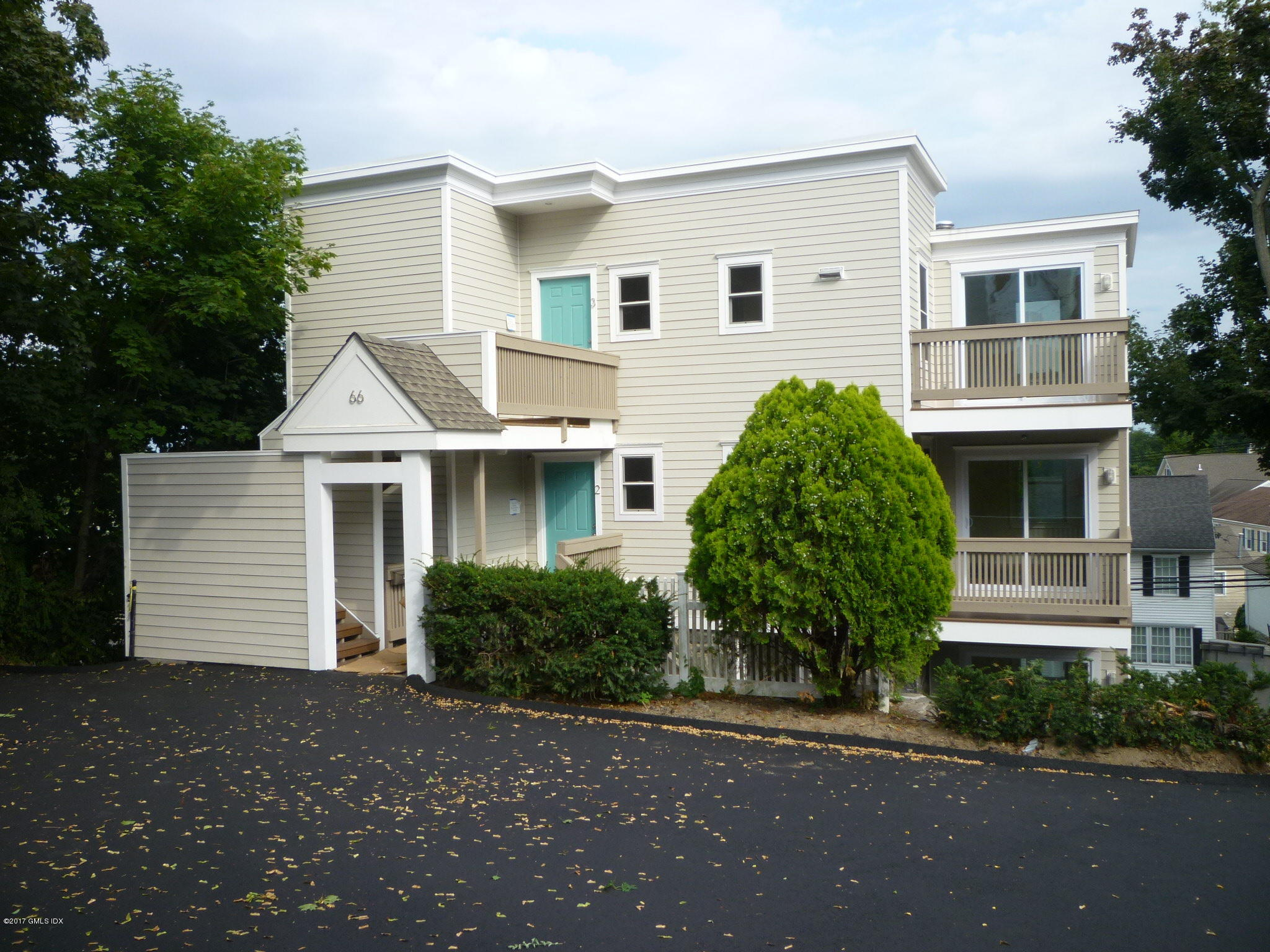 66 Ritch Avenue,Greenwich,Connecticut 06830,2 Bedrooms Bedrooms,2 BathroomsBathrooms,Apartment,Ritch,105197
