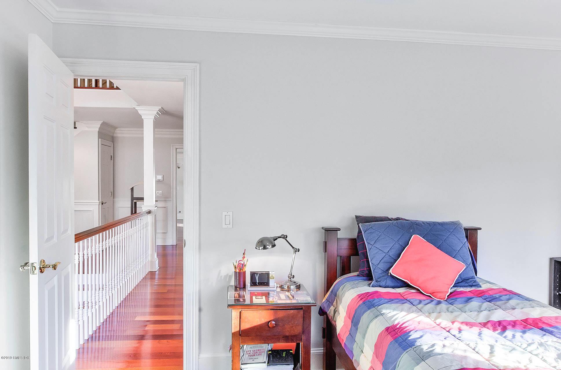 39 Lockwood Lane,Riverside,Connecticut 06878,5 Bedrooms Bedrooms,5 BathroomsBathrooms,Single family,Lockwood,105202