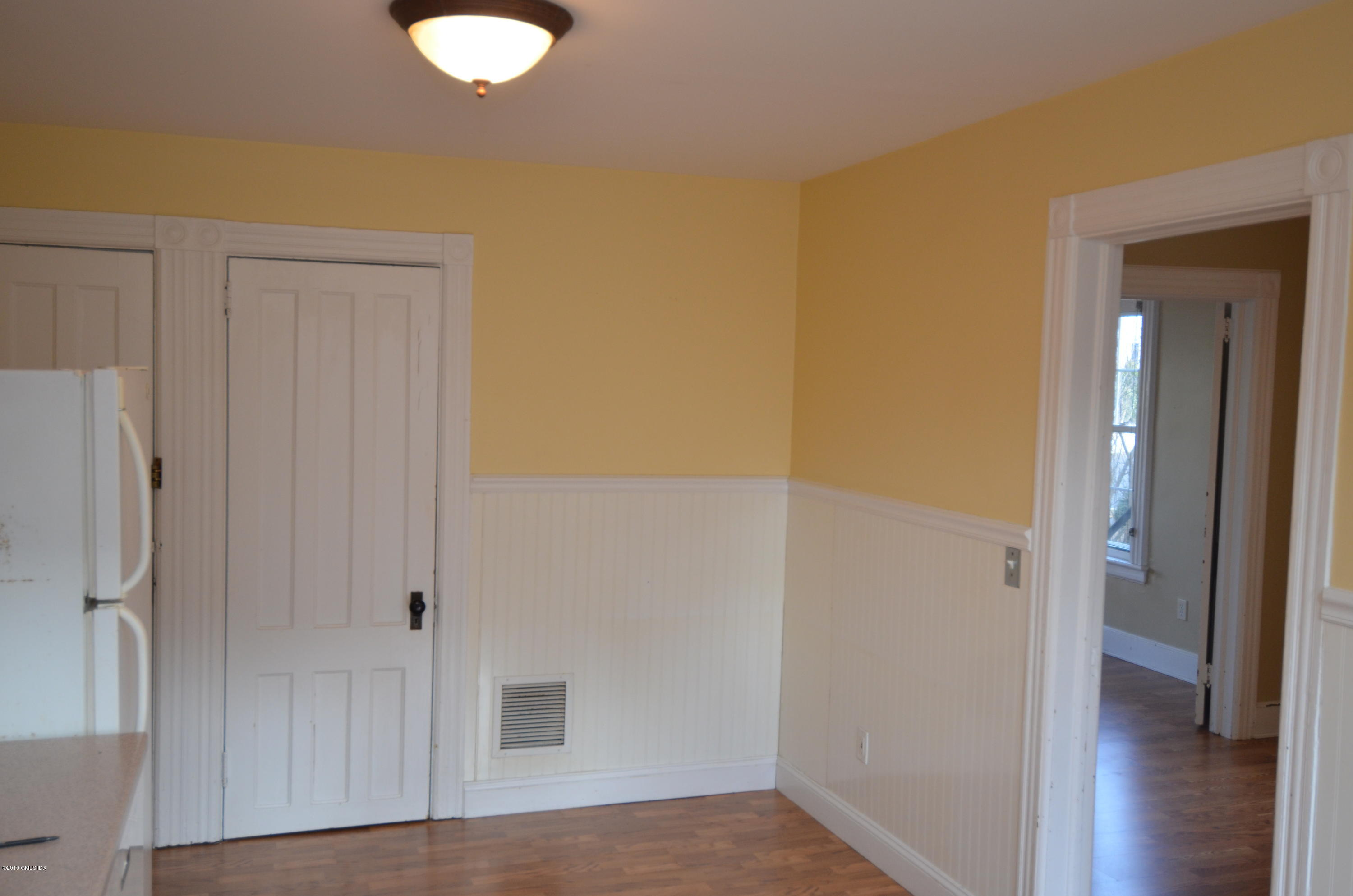 70 Sherwood Place,Greenwich,Connecticut 06830,1 Bedroom Bedrooms,1 BathroomBathrooms,Apartment,Sherwood,105207
