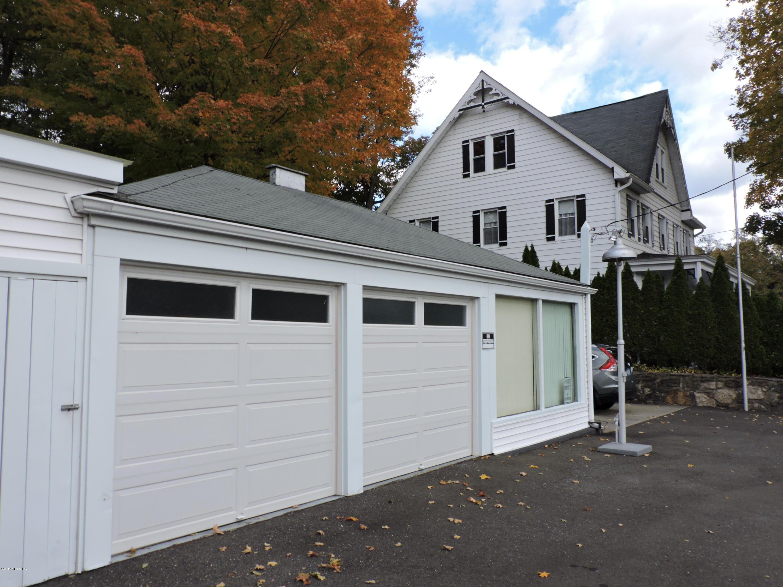 9 Glenville Street,Greenwich,Connecticut 06831,5 Bedrooms Bedrooms,2 BathroomsBathrooms,Glenville,105203