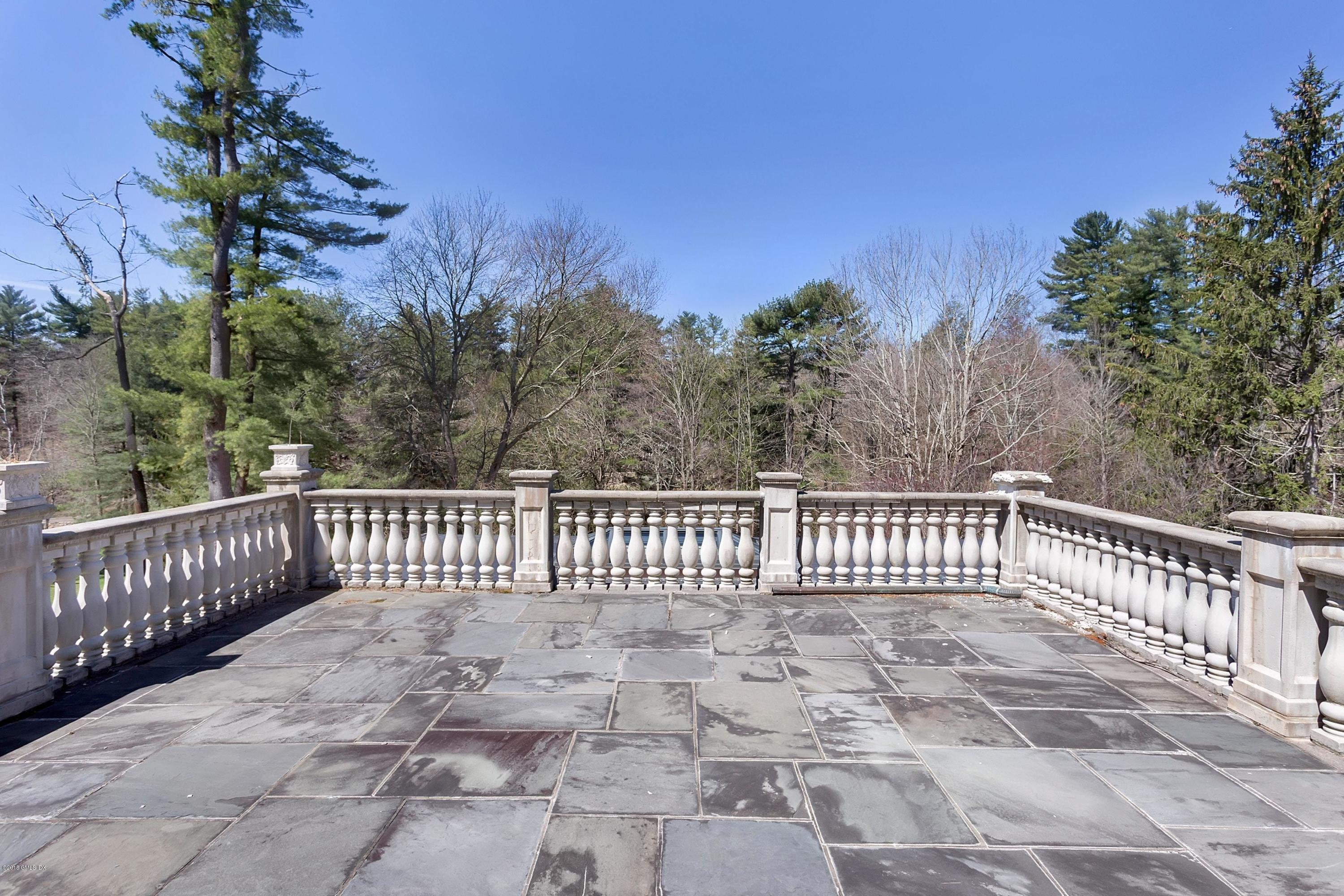 129 Dingletown Road,Greenwich,Connecticut 06830,5 Bedrooms Bedrooms,4 BathroomsBathrooms,Single family,Dingletown,105228