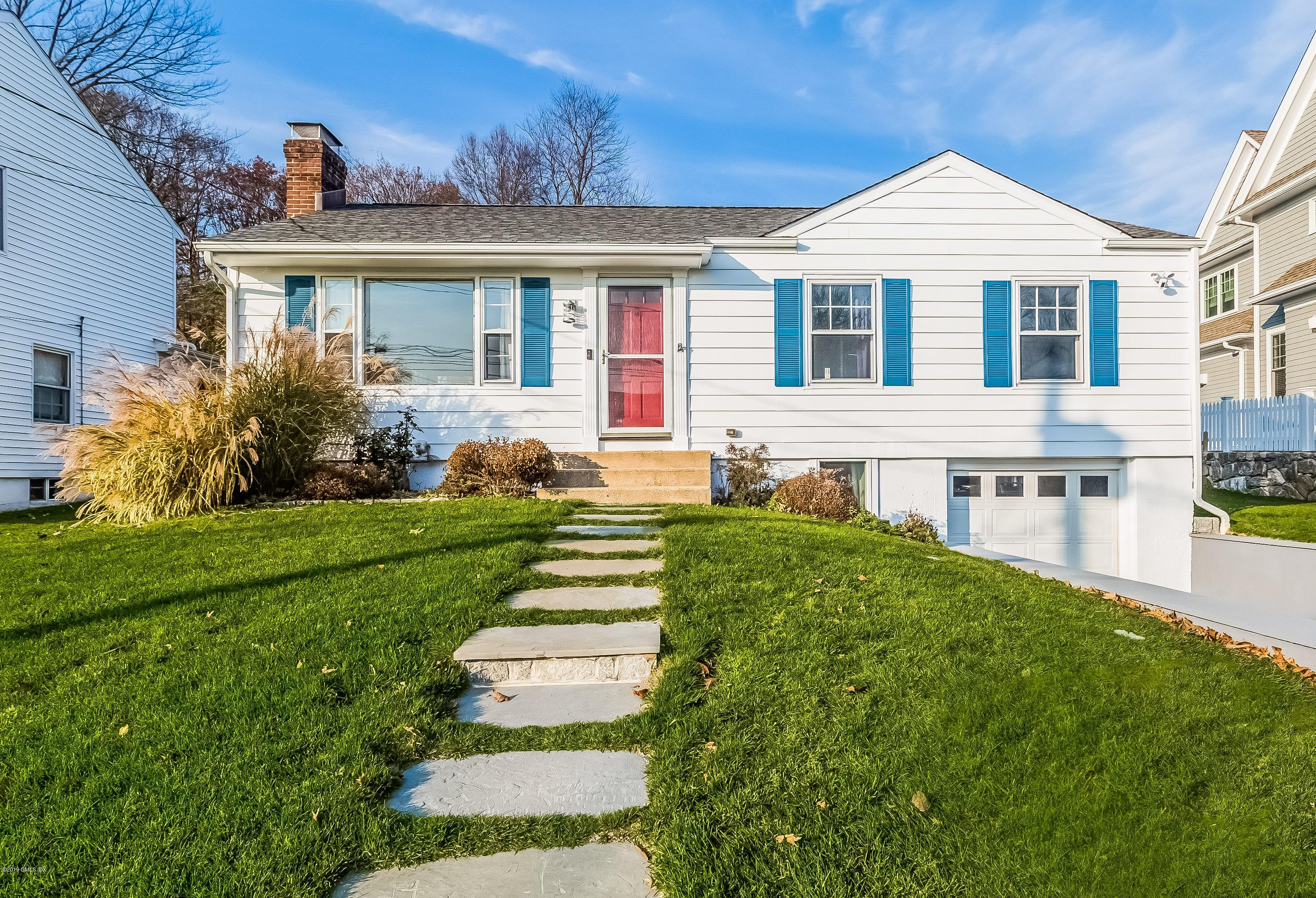 76 Halsey Drive,Old Greenwich,Connecticut 06870,3 Bedrooms Bedrooms,2 BathroomsBathrooms,Single family,Halsey,105248