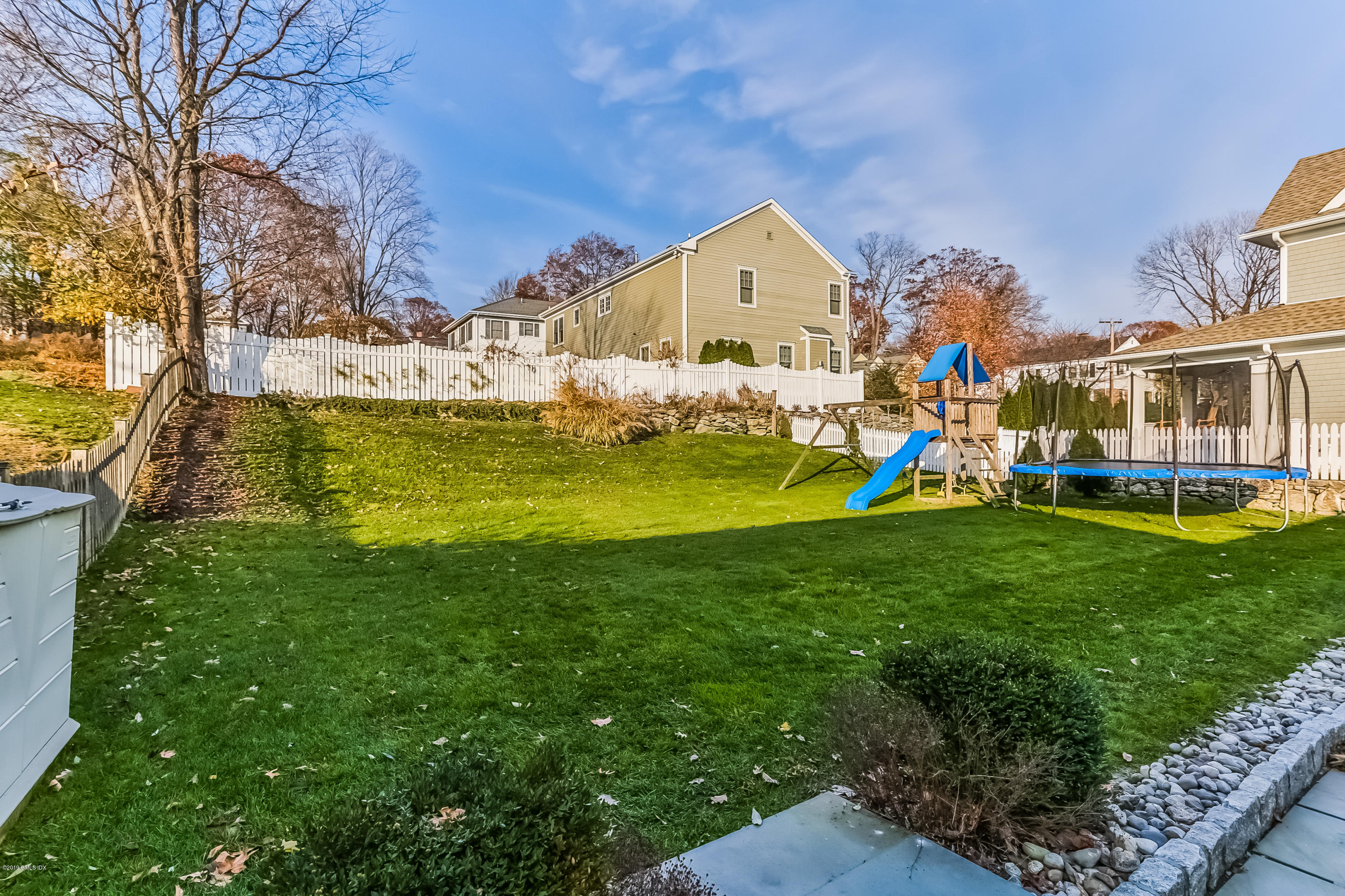 76 Halsey Drive, Old Greenwich, CT 06870